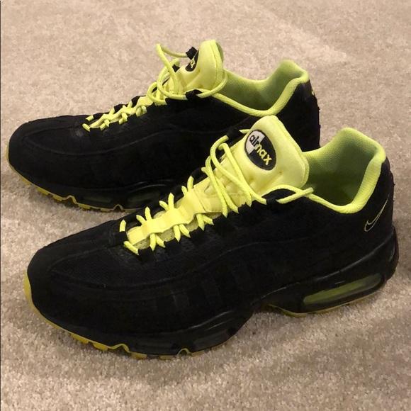 Nike Air Max '95 Kids BlackGreen 905348 022 (Size: 4.5Y